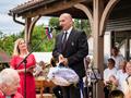 Franc Jerič, župan Občine Mengeš, je za jubilej čestital Veteranski sekciji Mengeške godba in jim začele veliko uspeha na jesenskem tekmovanju veteranskih godb.